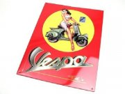 Reklame-Blechschild Pin Up Girl on Vespa mit Prägung, L...